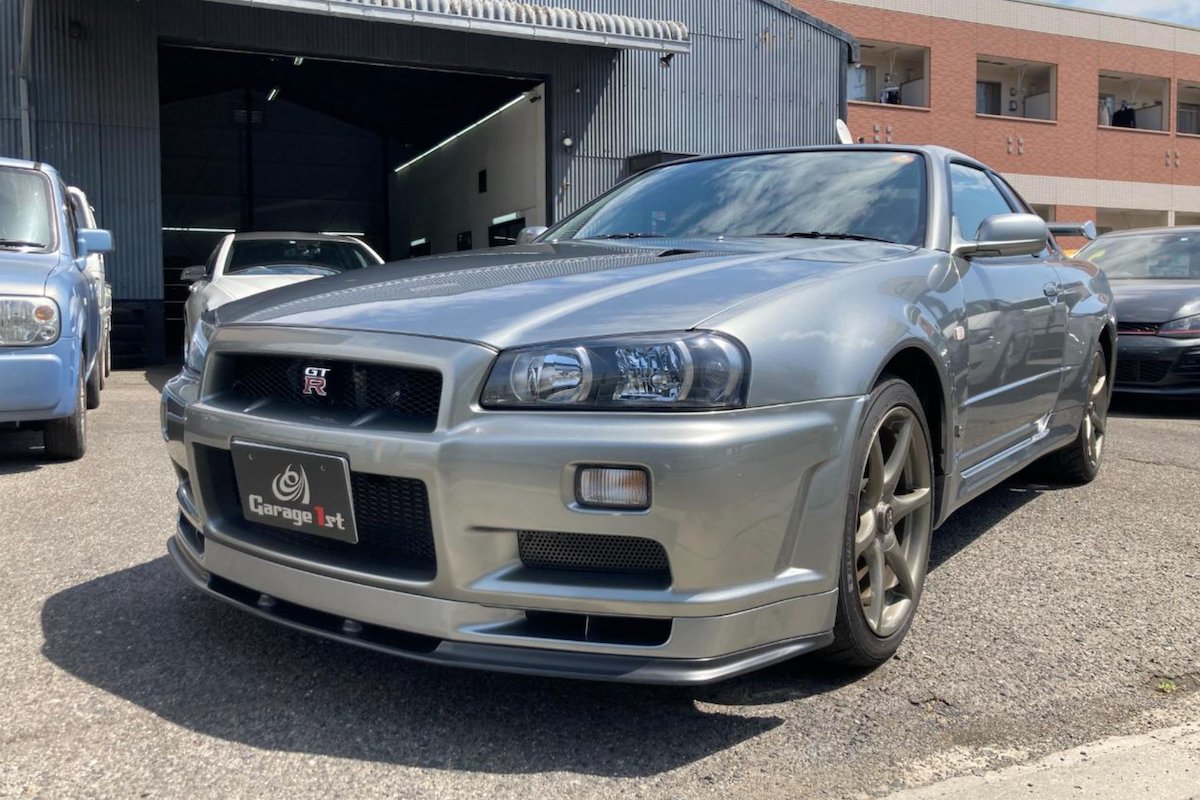 9,000km R34 GT-R V-Spec II