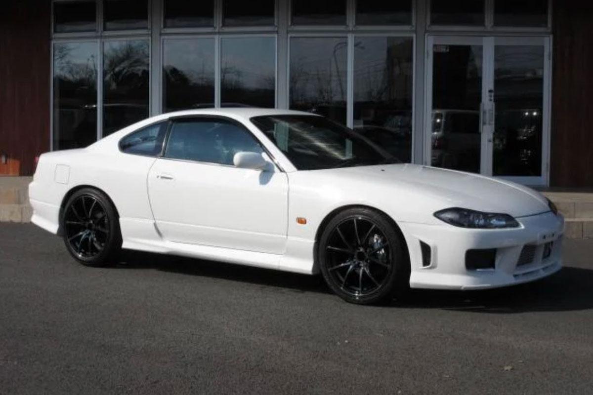 15,000km Nissan Silvia Spec R