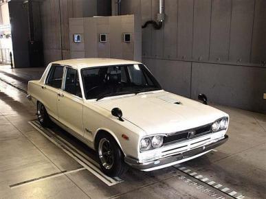 Nissan - Skyline