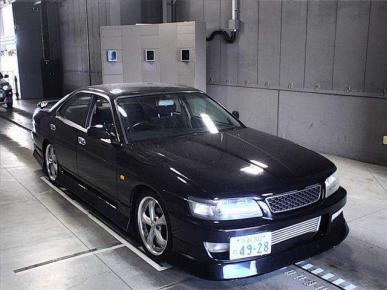 Nissan - Laurel